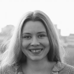photo of Elfi Thrane Bemelmans, PRESS