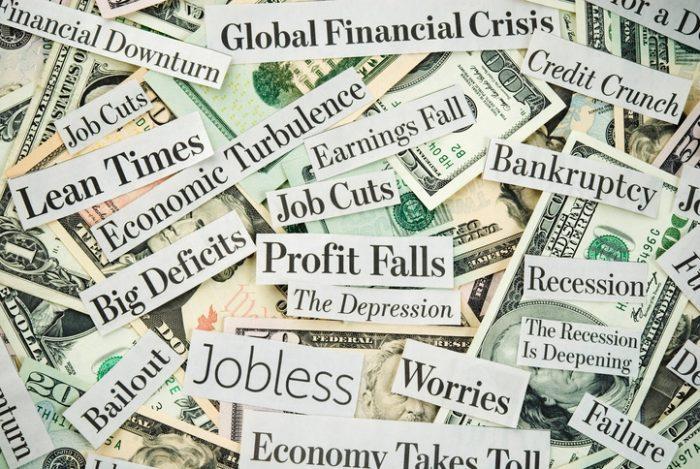 Finanskrise  Alpamayo Photo I Stock 157422428